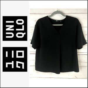 *3/$18*UNIQLO Black Pleated Short Sleeve Blouse